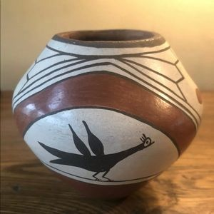 B Pino Zia pottery Pot polychrome